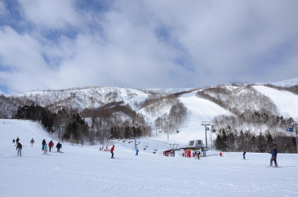 熱門日本滑雪場-夏油高原